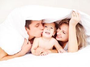 Malte und seine Eltern suchen ein Einfamilienhaus im Raum Bonn